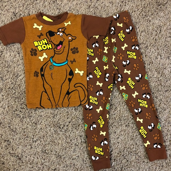 Scooby Doo Brown And White 2 Piece Long Sleeve Pajama Set Size 4